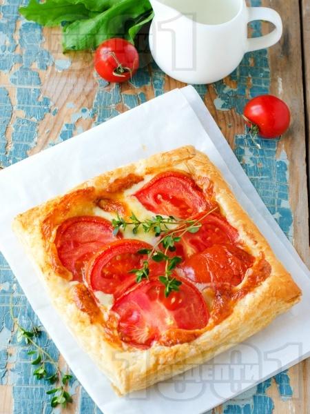 Бързи бутер лодки с домати и моцарела - снимка на рецептата